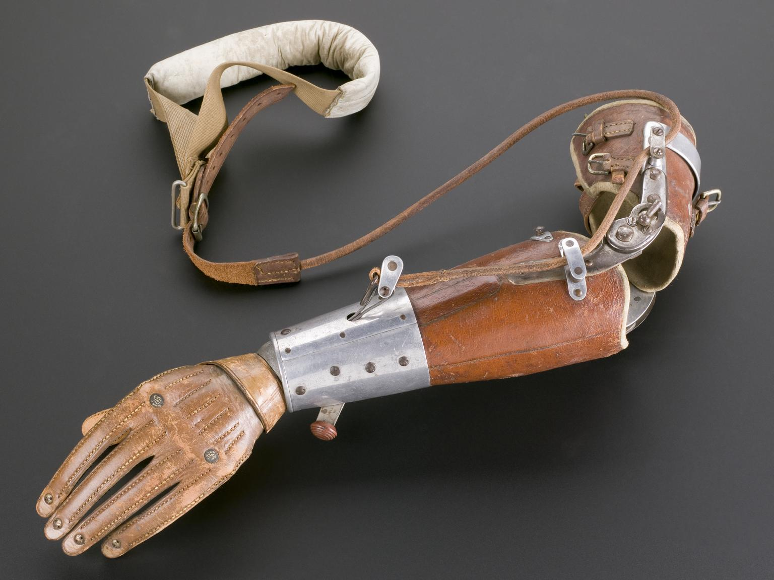 early%20prosthetic